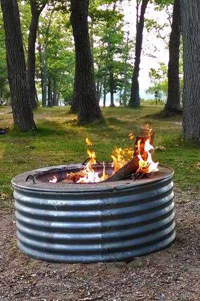 BugSamcker Campfire