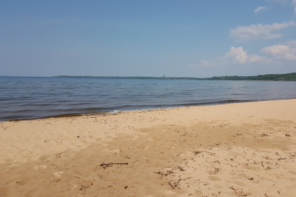 Traverse City Meals On The Beach