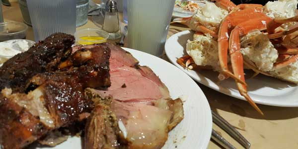 Prime Rib & Crab Leg Buffet